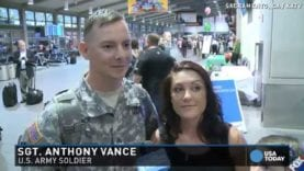 Passengers help soldier pull off surprise airport proposal